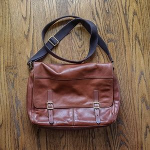 EUC Fossil Leather Messenger Bag